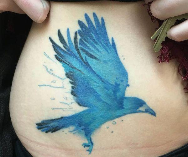 Blau Rabe Tattoo Seiten für Frau