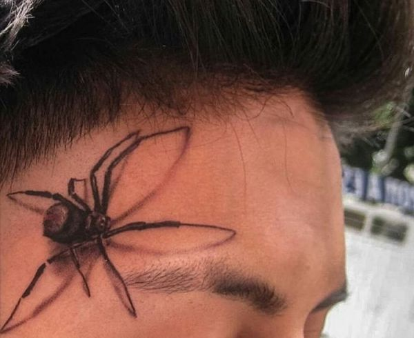 Spinne Tattoo Design im Gesicht