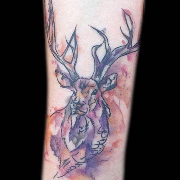 Wasserfarben Elch Design auf dem Arm