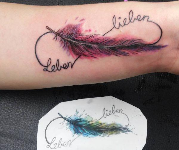 Feder Tattoos Entwürfe Ideen Und Bedeutungen
