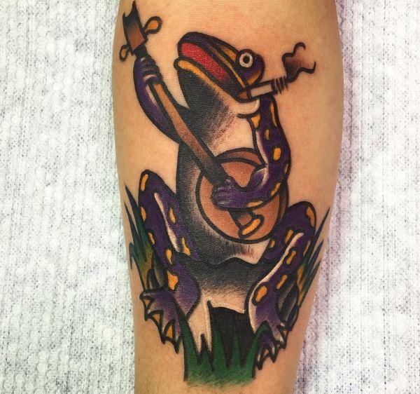 Spaß Frosch Tattoo Design am Unterschenkel