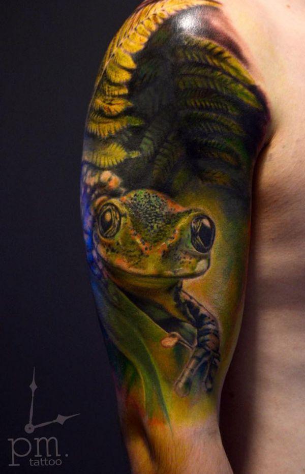 3D Realistisch Frosch Tattoo Design am Oberarm
