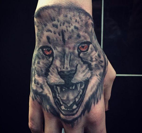 Gepard Realistisch auf Hand