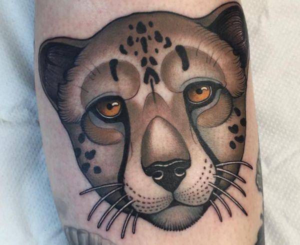 Cartoon Gepard auf der Bein