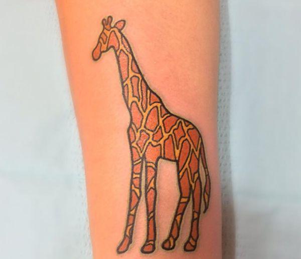 Giraffe Design auf der Bein