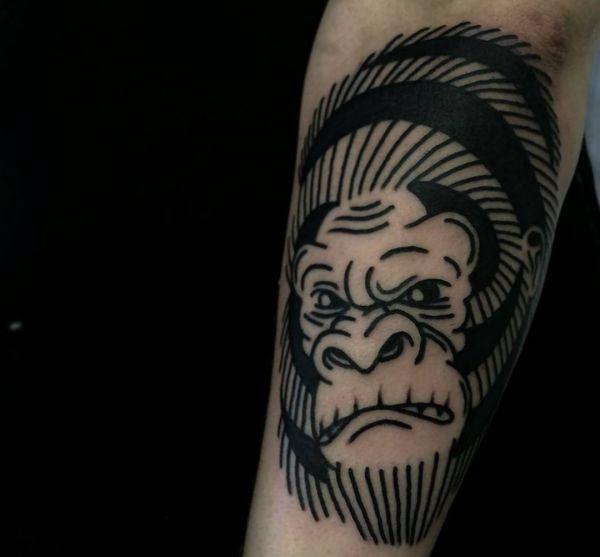 Gorilla Kopf Design auf dem Arm