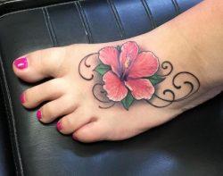 Hibiskus Tattoo Designs mit Bedeutungen – 15 Ideen
