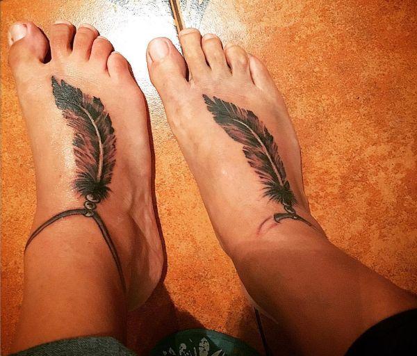 Indianer Tattoo Ideen am fuß