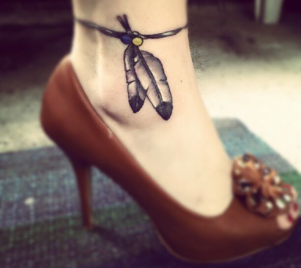 Indianer Armband Tattoo am Knöchel für Frau