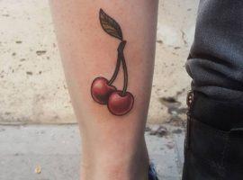 Kirsche Tattoo – Bedeutung der Motive und coole Designs