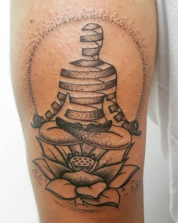 Lotus Tattoo Idee auf der Bein