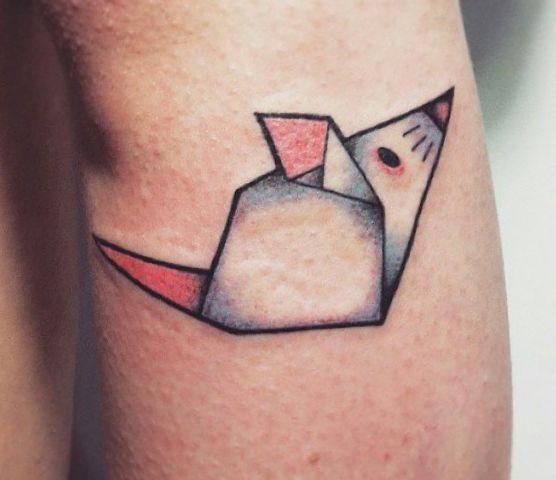 Origami Maus Tattoo Design auf der Bein