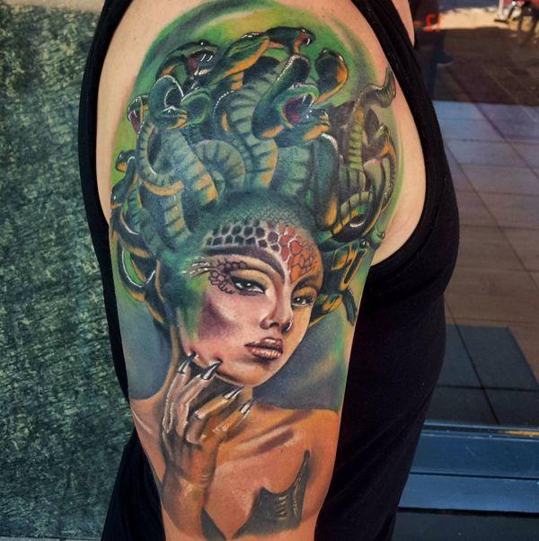 Medusa Design auf dem Arm