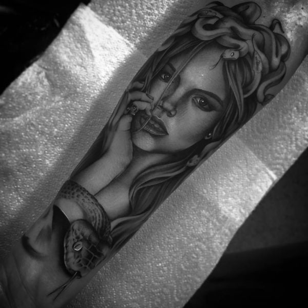 3D Medusa Tattoo Design auf dem Arm