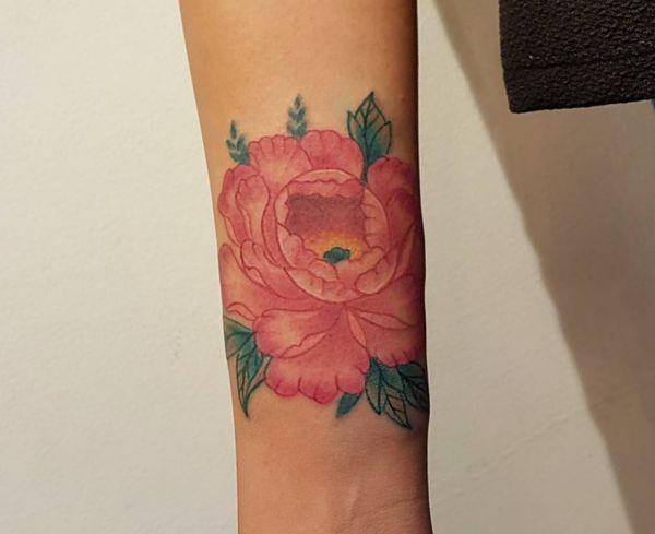 Pfingstrosen Tattoos : 21 Ideen mit Bedeutung