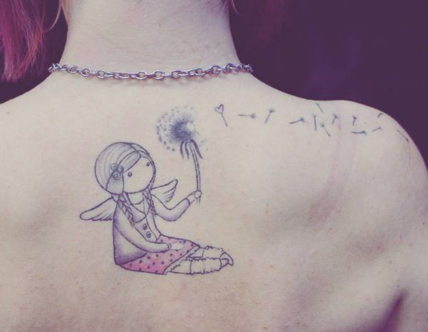 Pusteblume mit Engel Tattoo Design am Rücken