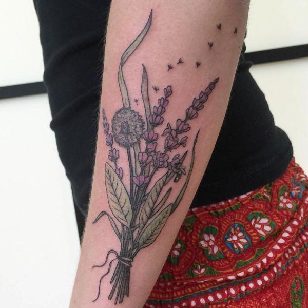 Pusteblume Design am Unterarm