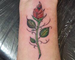 Rosen Tattoo Designs mit Bedeutungen – 30 Ideen