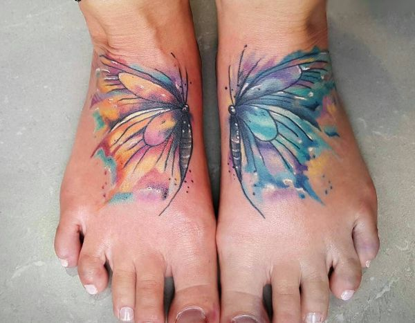 Wasserfarben Schmetterling Fuß Tattoo