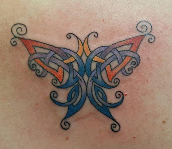 Bunte Keltischer Schmetterling Tattoo