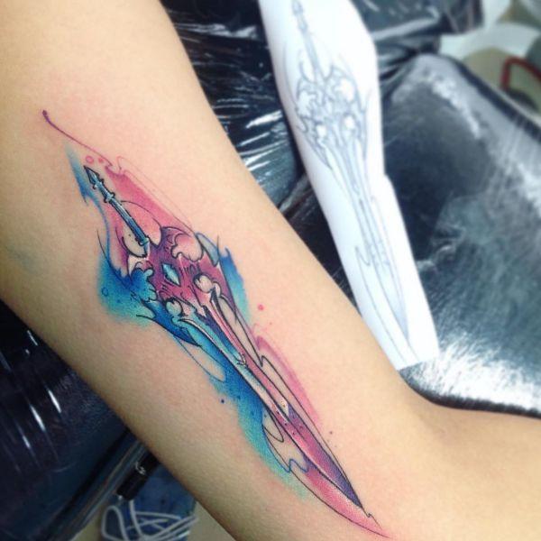 Wasserfarben Tattoo Schwert Design