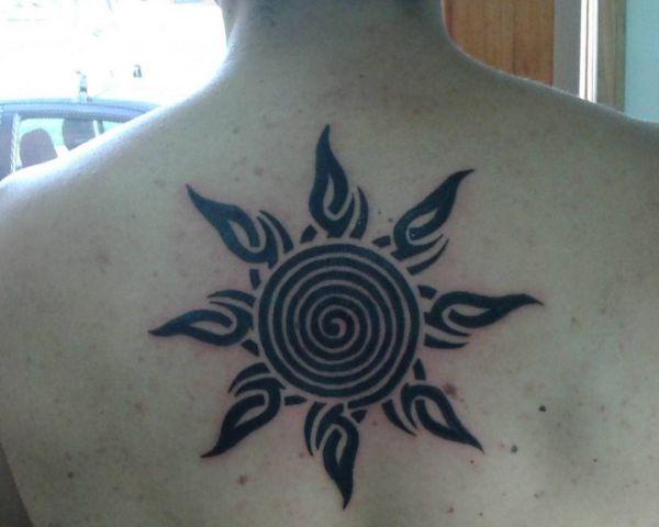 Sonne Desgin am Rücken