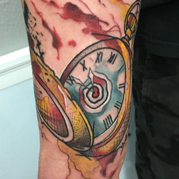 Aquarell Uhr Design auf dem Arm