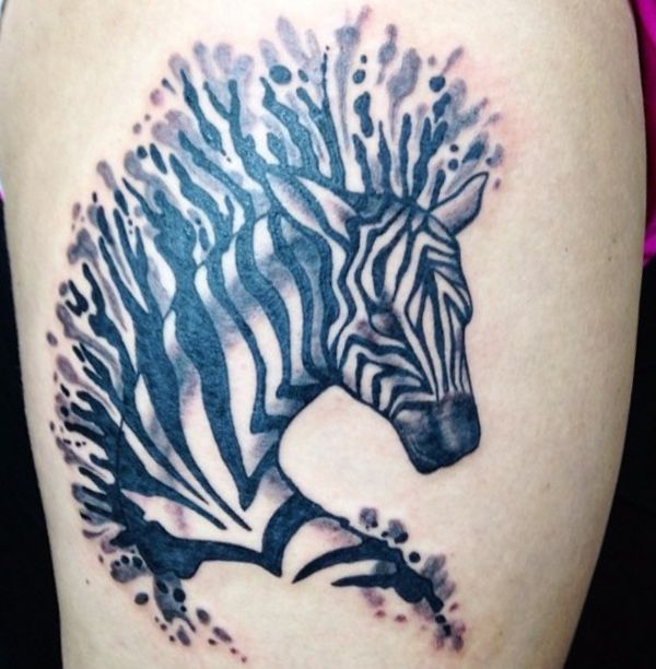Abstract Zebra Design auf der Bein
