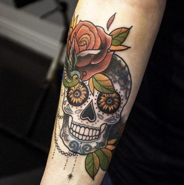 Zuckerschädel Tattoo Design auf dem Arm